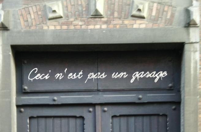 ceci n'est pas un garage2